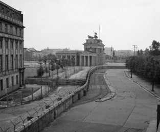 a history of berlin during the cold war Berlin crisis of 1961: berlin crisis of 1961, cold war conflict between the soviet union and the united states concerning the status of the divided german.